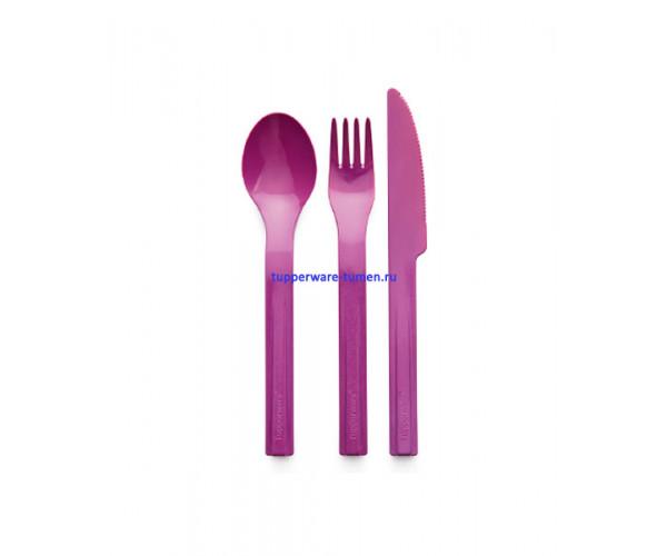 Набор столовых приборов (ложка,вилка, нож)